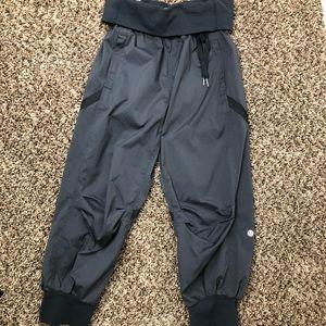 Lululemon Womens  Athletic Jogger Capri Pants sz4
